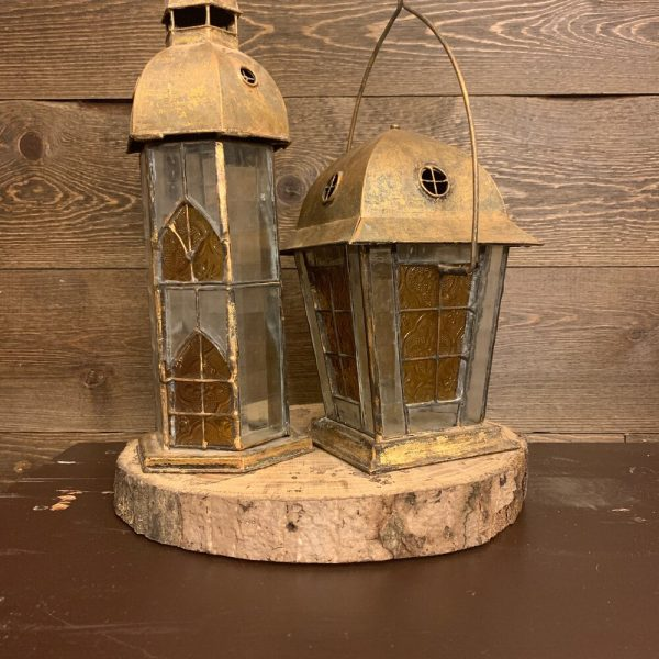 Gold Antique Lantern (short)